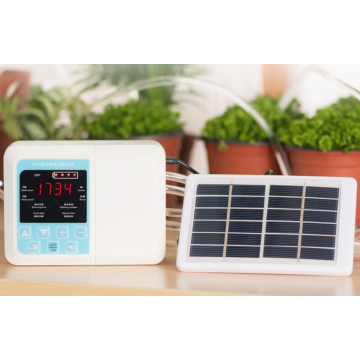 UTICA® Solar Powered Self Watering System