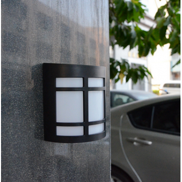 UTICA® Solar Wall Light-X6